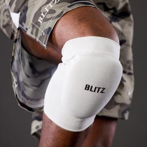 kit Elastic-Knee-Pads-Lifestyle